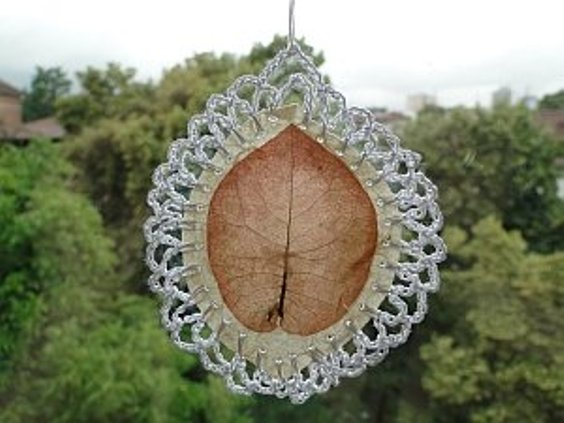 [Free Pattern] Super Easy And Beautiful Crochet Project Made From A Real Leaf