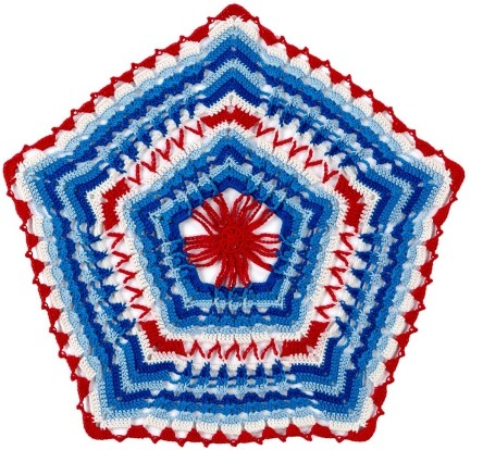[Free Pattern] Put A Festive Spin On Traditional Doily With This Awesome Americana Pattern