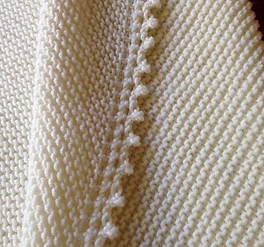 Free Pattern] Simple, Easy And Beautiful Knitted Baby Blanket - Knit ...