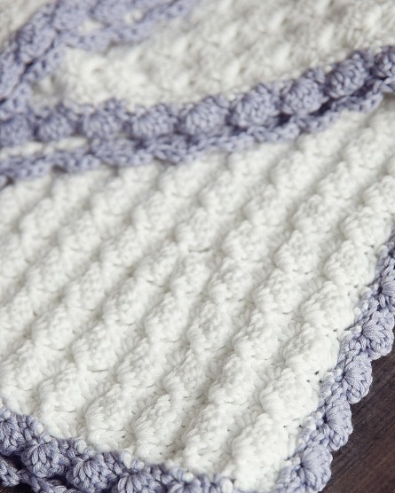 This Chic Free Crochet Baby Blanket Pattern With A Vintage Look Is