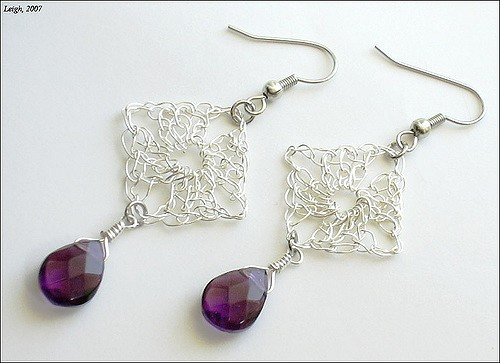 [Free Pattern] Crochet Art: These Granny Square Earrings Are Fabulous!