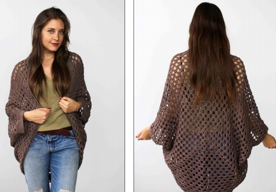 [Free Pattern] Top Off Your Ensemble With This Casually Cool Movie Night Cocoon Cardi