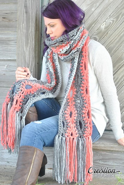[Free Pattern] Look Super Stylish With This Amazing Mega Scarf