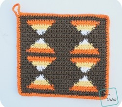 [Free Pattern] Decorate Your Home With These Easy And Fun Candy Corn Hot Pads