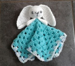 [Free Pattern]  Cute Bunny Comforter With Lovely Long Ears And A Cuddly Granny Square Blanky