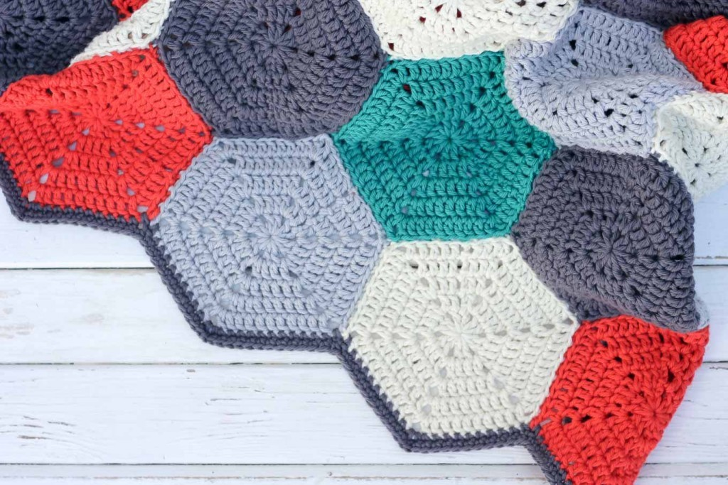 How To Join Crochet Hexagons, Granny Squares Or Other Crochet Pieces Together With A Non-Bulky, Invisible Seam