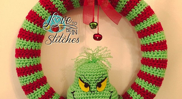 Free Pattern  This Super-Cool Grinch Wreath Is Clearly One Of A Kind ... 3af9c22bc7c