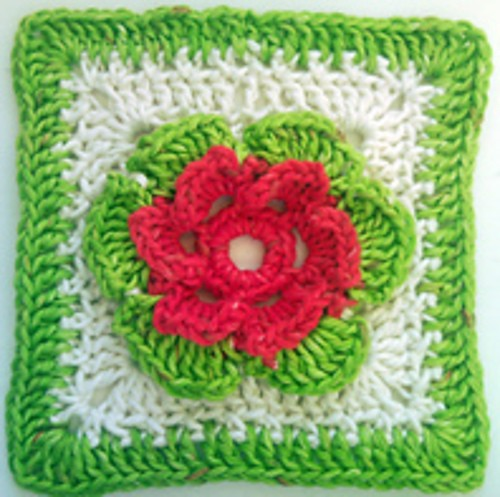 [Free Pattern] This Multi Colour Flower Blanket Square Is Perfect To Add Joy To Your Home Decor