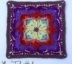 [Free Pattern] With Or Without The Border, This Square Is Gorgeous!
