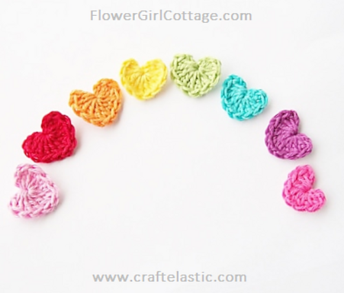 [Free Pattern] This Tiny Crochet Heart Is A Brilliantly Simple Idea!