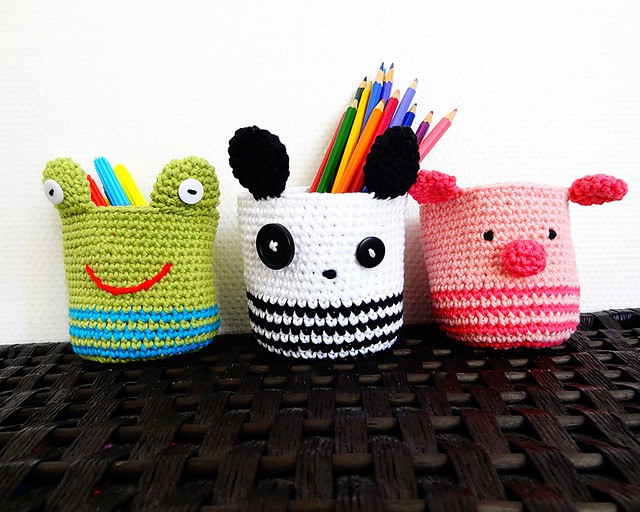 [Free Pattern] These Panda, Piggy And Frog Crochet Baskets Bring More Fun To Any Desk
