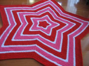 [Free Pattern] This Star Blanket May Be Even Easier Than You Realize ...