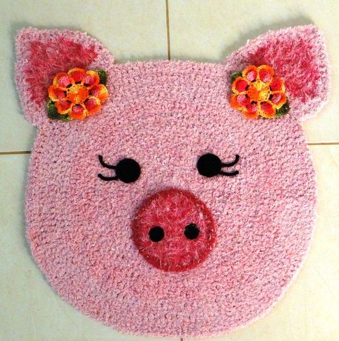 [Free Pattern] Adorable Piggy Carpet Every Child's Room Should Have