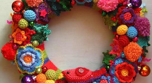 Free Pattern This Colourful Christmas Wreath Will Make