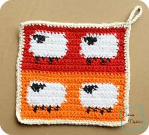 [Free Pattern] Amazingly Adorable Sheep Potholder Perfect For Daily Use