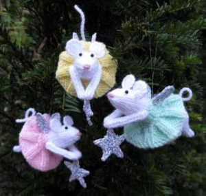 [Free Pattern] This Adorable Little Mouse Angel Ornament Makes A Cute Gift That No One Could Resist