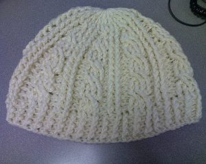 [Free Pattern] Lovely Cable Hat You'll Make On Repeat