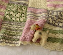 [Video Tutorial] Gorgeous Granny Square Baby Blanket For Beginners
