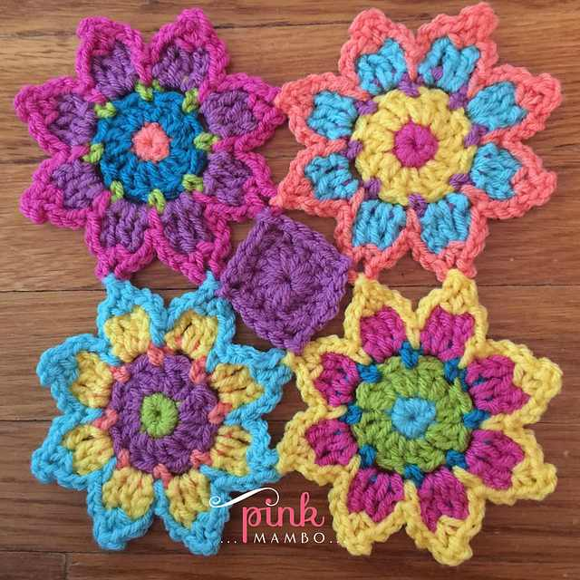 Here's How To Make A Gorgeous And Colourful Flower Blanket