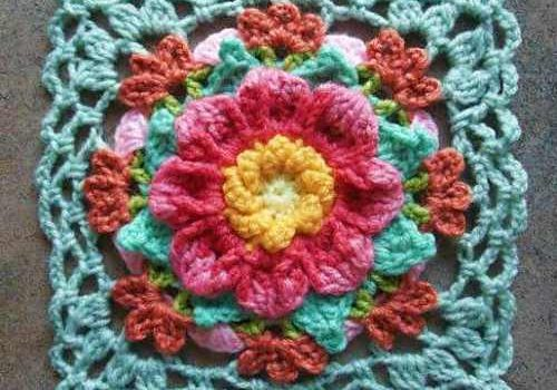 Add A Dash Of Color To Your Home Decor With This Amazing Vintage Looking Dahlia Afghan Block