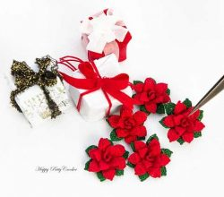 This Mini Poinsettia Free Crochet Pattern Truly Captures The Beauty Of The Real Flower