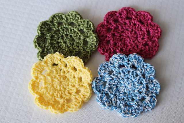 Easy 10 Minute Coasters, 10+ Cute And Easy 10 Minute Crochet Projects [Free Patterns]