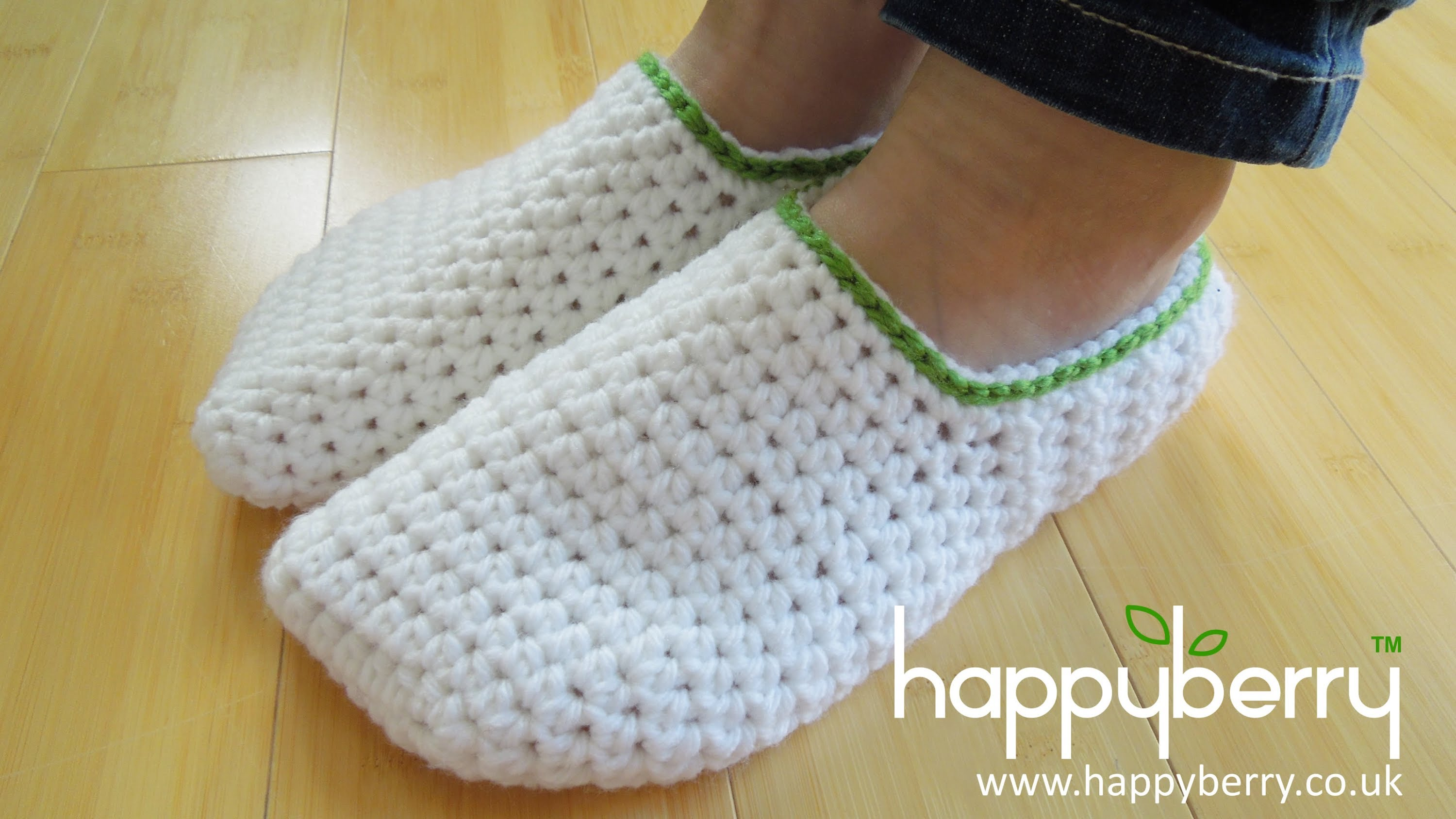 Video Tutorial] Simple And Easy Crochet Slippers For Teens To Adult ...