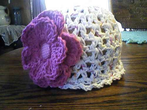30-Minute Simply Adorable Crochet Baby Hat With Flower