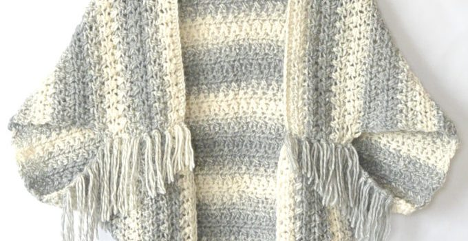 Knitting Pattern For Blanket Sweater : Easy Blanket Sweater Pattern To Keep You Looking Hot When Its Cool Out -...