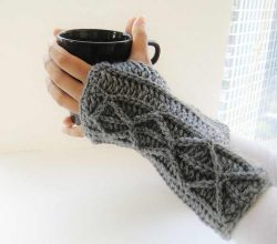Beginner Friendly Faux Cable Fingerless Gloves For Those Chilly Fall And Winter Days