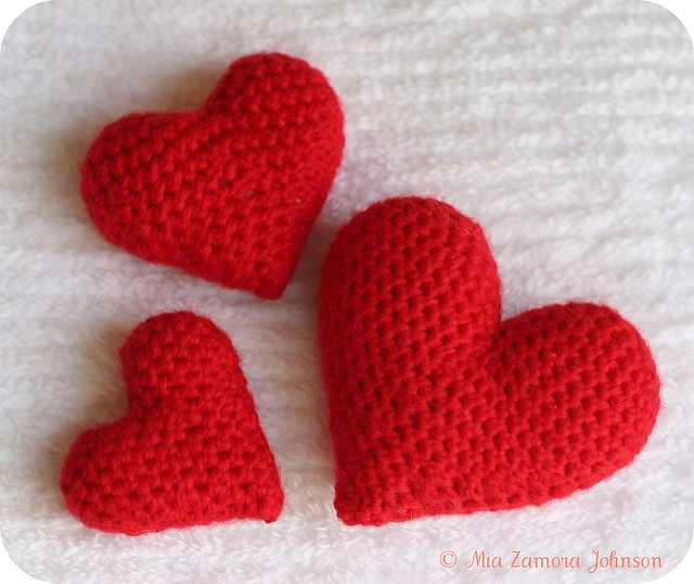 Super Quick And Easy Crochet Heart Amigurumi Pattern