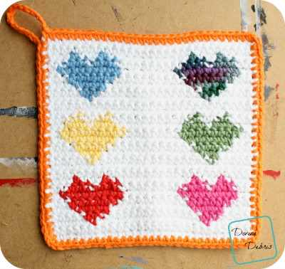 You'll Be Making Heart Hot Pads For All With This Easy Tapestry Crochet Free Pattern