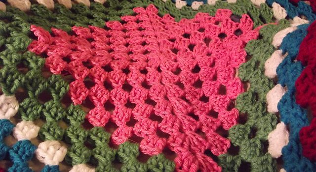 ... Perfect Beginners Giant Granny Square Afghan - Knit And Crochet Daily