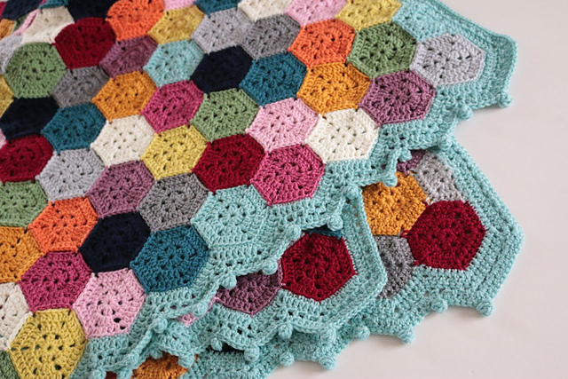 A Brilliant Stash Busting Project This WeekEnder Blanket Is So Much Fun