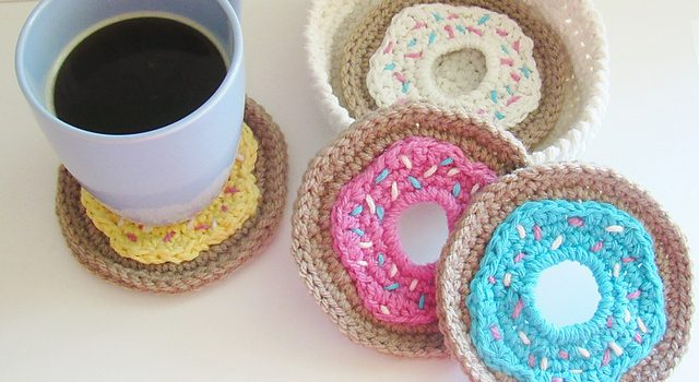 Free Pattern Surprise Your Guests With This Cute Doughnut Coasters