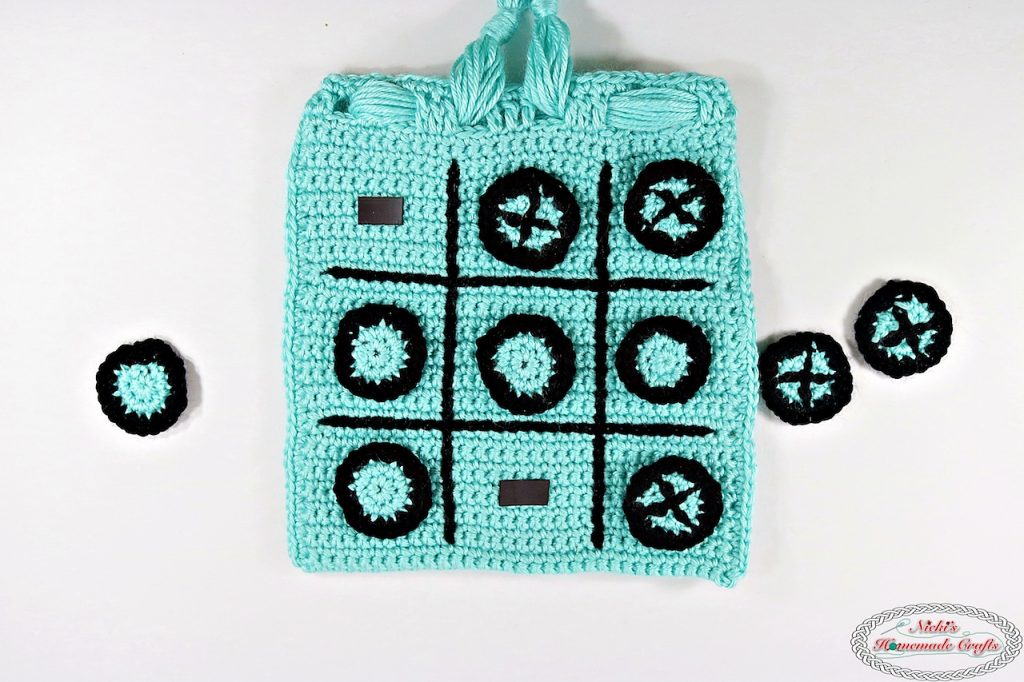 [Free Pattern] This Tic Tac Toe Game Travel Bag With Magnets Is Ideal For Kids And When Being On The Road