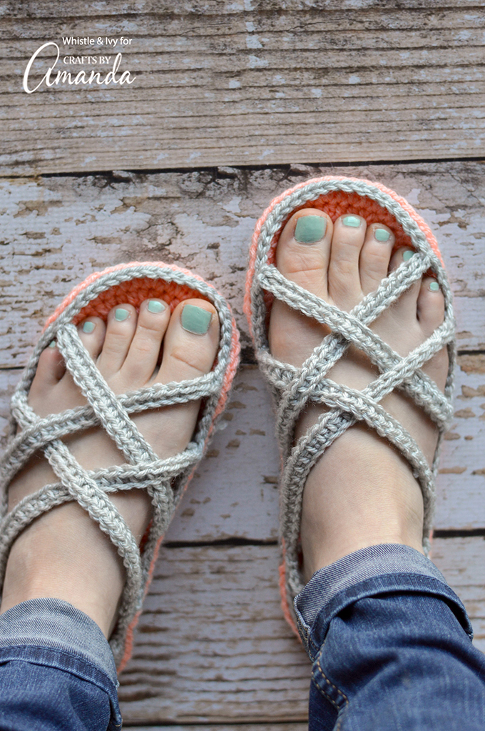 [Free Pattern] How To Crochet Super Comfy Slipper Sandals (Matching Pair For Baby Available!)