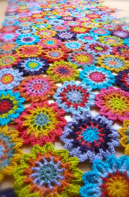 Simply And Utterly Gorgeous Japanese Flower Blanket - Knit And ...