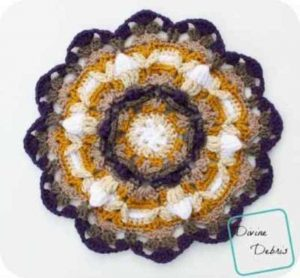 [Free Pattern] This Beautiful Crochet Mandala Looks Great On A Wall Or On Table