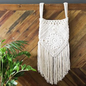[Free Pattern] This Bag Pattern Loaded With Bohemian Charm Can Be Done In Just A Few Hours.