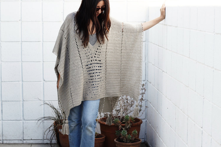 [Free Pattern] The Perfect Poncho For The Trip Or For Everyday Use