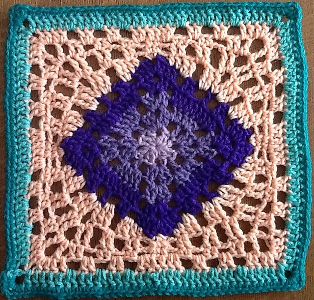 [Free Pattern] Simple Yet Gorgeous Crochet Granny To Improve Your Home Decor