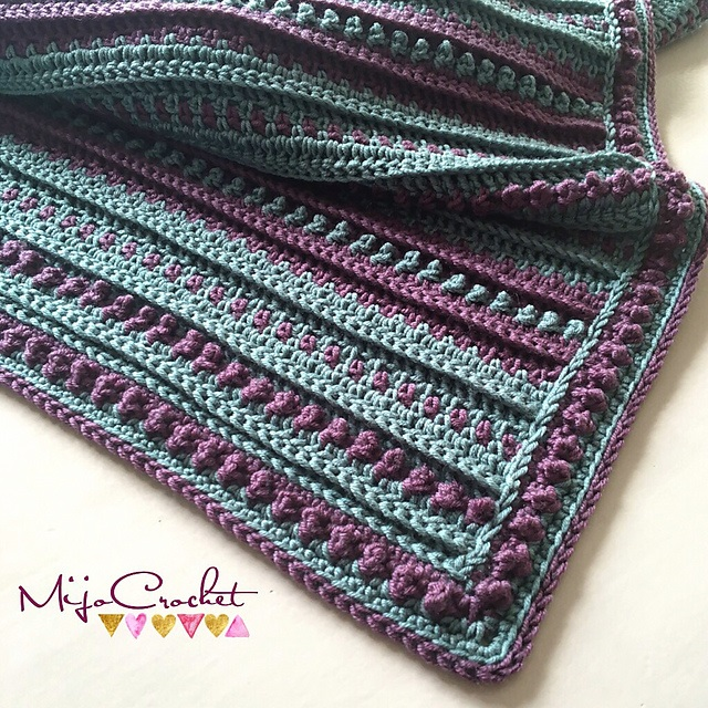 [Free Pattern] Take A Break From The Stress Of Everyday Life With This Easy Blanket