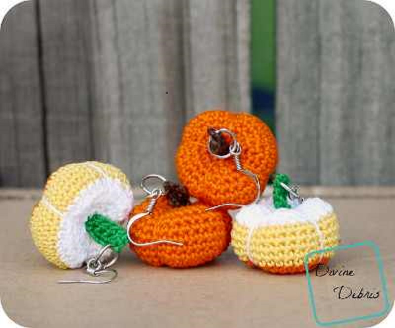 [Free Pattern] Cute Stuffed Pumpkins Earrings To Enhance Any Fall/Autumn Outfit