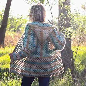[Free Pattern] Extremely Customizable Four-Season Granny Sweater Will Fit Your Specific Body Type