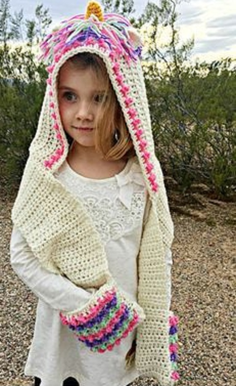 [Free Pattern] This Unicorn Hood Looks So Magical!