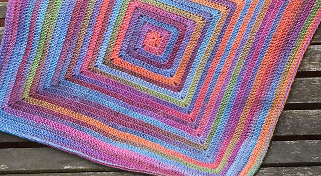 Free Pattern This Gorgeous Continuous Crochet Baby Blanket Is Just
