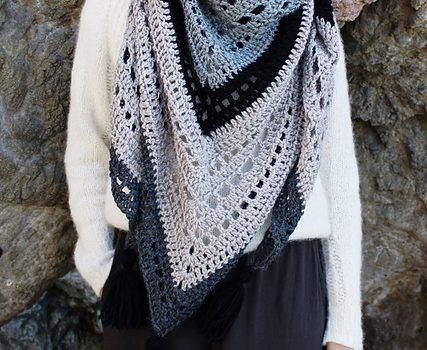 Free Pattern Easy And Stylish Wrap Pattern Youll Love Crocheting