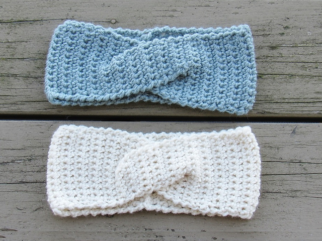 Free Pattern This Quick Twist Ear Warmer Will Make