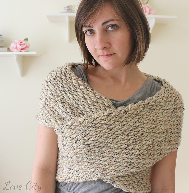[Free Pattern] So Cute, So Simple, So Cozy: This Crochet Wrap Sweater Is Amazing!